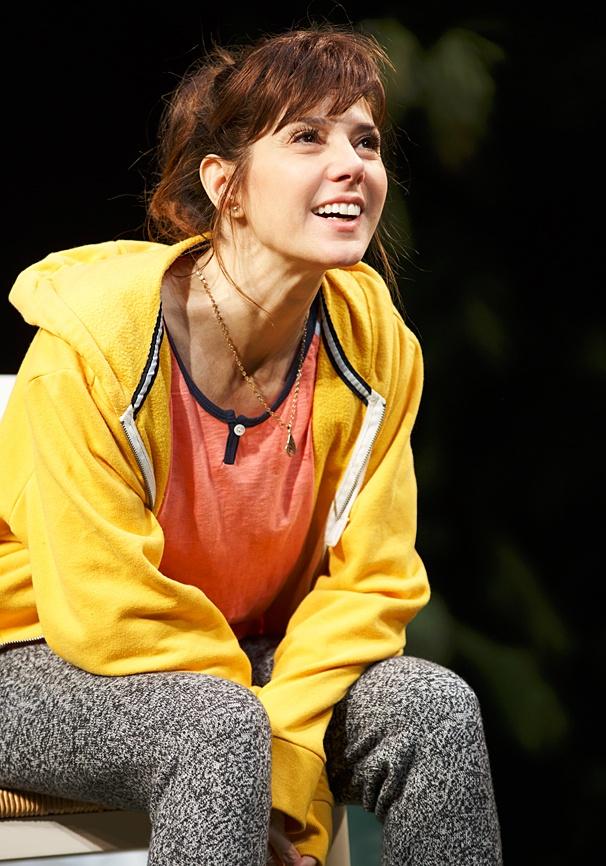 The Realistic Joneses - Show Photos - PS - 4/14 - Marisa Tomei