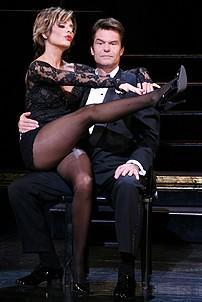 Photo Op - Harry Hamlin and Lisa Rinna do press for Chicago - Lisa Rinna - Harry Hamlin (puppet act)