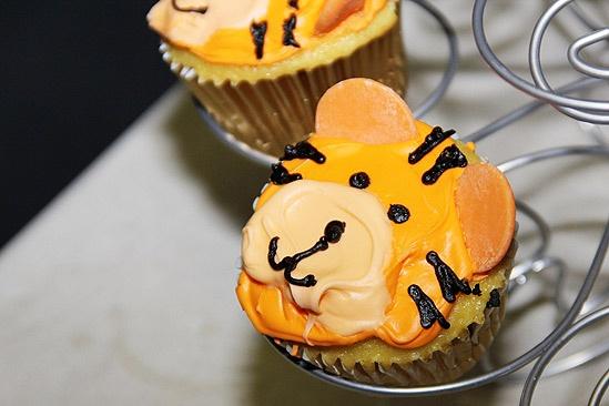 Bengal Tiger opens – cupcake