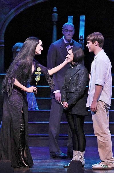 Show Photos - The Addams Family - Brooke Shields - Zachary James - Rachel Potter - Jesse Swenson
