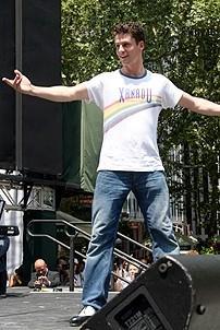 Photo Op - Broadway in Bryant Park 07-26-07 - Luke Hawkins