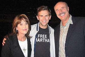 Photo Op - Dr. Phil at Jersey Boys - Robin McGraw - Daniel Reichard - Dr. Phil McGraw