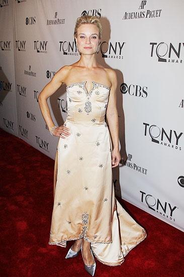 2011 Tony Awards Red Carpet – Hannah Yelland