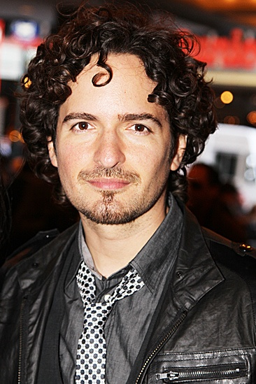 Evita – Opening – Tommy Torres