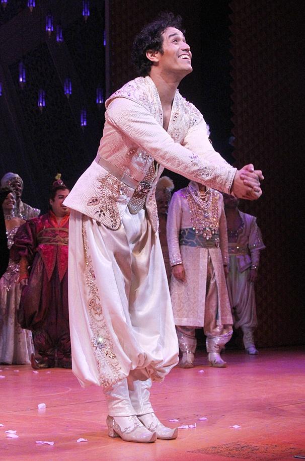 Aladdin - Opening - OP - 3/14 - Adam Jacobs