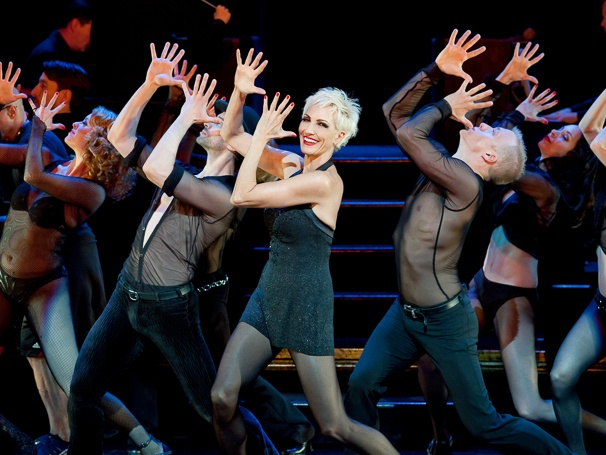 an analysis of the cast of chicago on broadway