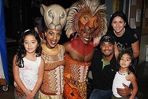 Johan Santana at Lion King - Johan Santana - wife Yasmile - daughters - Dashaun Young - Kissy Simmons