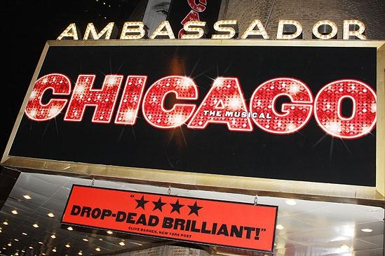 Charlotte d'Amboise and Tom Hewitt in Chicago – sign