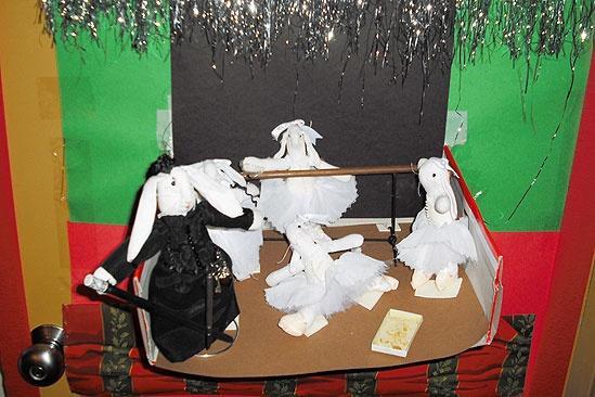 Seasonal Snapshots: Phantom Opens Its Backstage Doors – Ballerina Figures