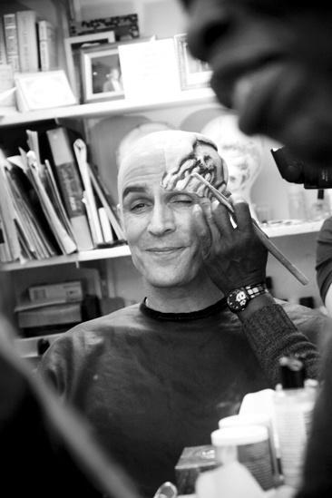 Howard McGillin Phantom transformation – skull