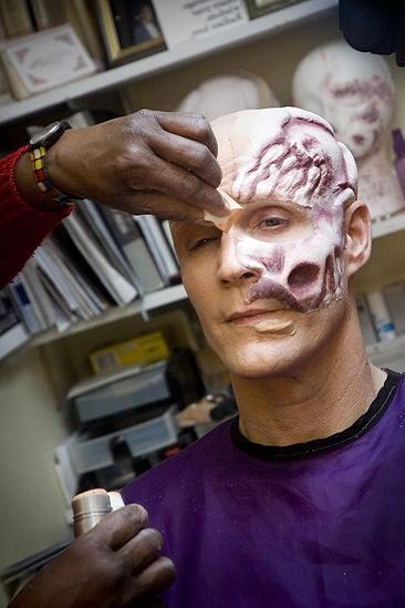 Howard McGillin Phantom transformation – skull4