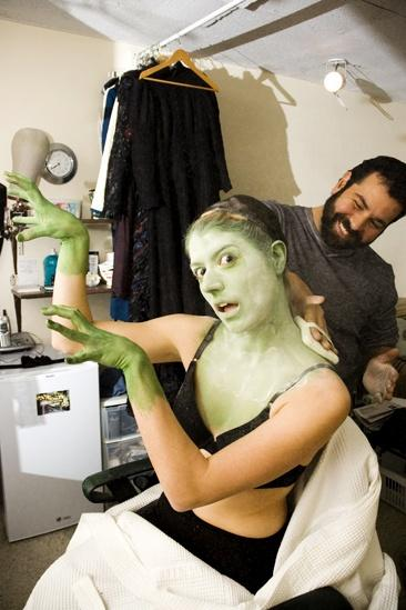 Nicole Parker Backstage at Wicked – silly