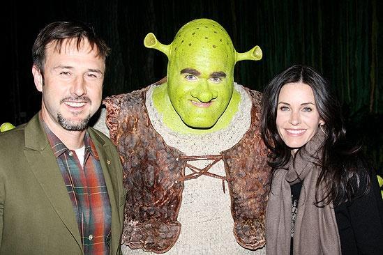 Courteney Cox & David Arquette at Shrek the Musical – Courteney Cox – Brian d'Arcy James – Courteney Cox