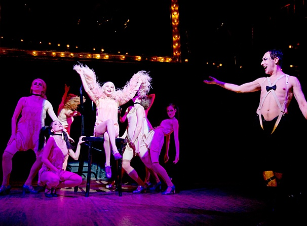 Cabaret - SHow Photos - Michelle Williams - Alan Cumming