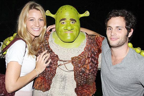 Blake Lively and Penn Badgley at Shrek - Blake Lively – Brian d'Arcy James – Penn Badgley