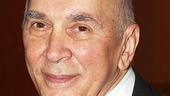 Seasons star Frank Langella amazes on the stage once again.
