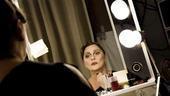 Elizabeth Ashley backstage at August: Osage County – mirror2