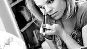 Megan Hilty backstage – eye makeup2