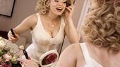 Megan Hilty backstage – mascara