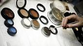 Douglas Hodge Backstage at La Cage – color makeup pots
