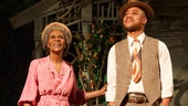 Show Photos - <i>The Trip to Bountiful</i> - Cicely Tyson - Cuba Gooding Jr.