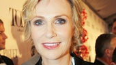 Tony Red Carpet- Jane Lynch