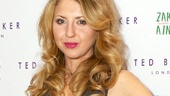 Tony winner Nina Arianda (Venus in Fur) knows a thing or two about looking glam on the red carpet!