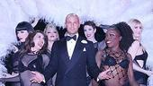 Photo Op - Joey Lawrence in Chicago - Joey Lawrence (feathers, girls 1)