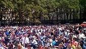 Photo Op - Broadway in Bryant Park 07-26-07 - crowd