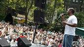 Photo Op - Broadway in Bryant Park 07-26-07 - Cornelius Jones Jr. (crowd)